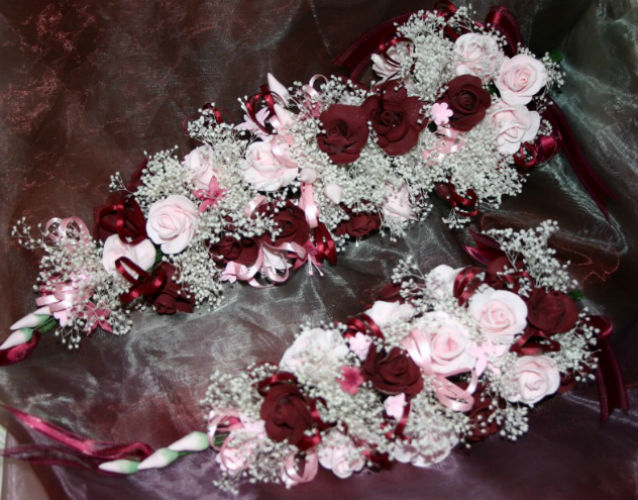 Burgundy and Pink Roses
